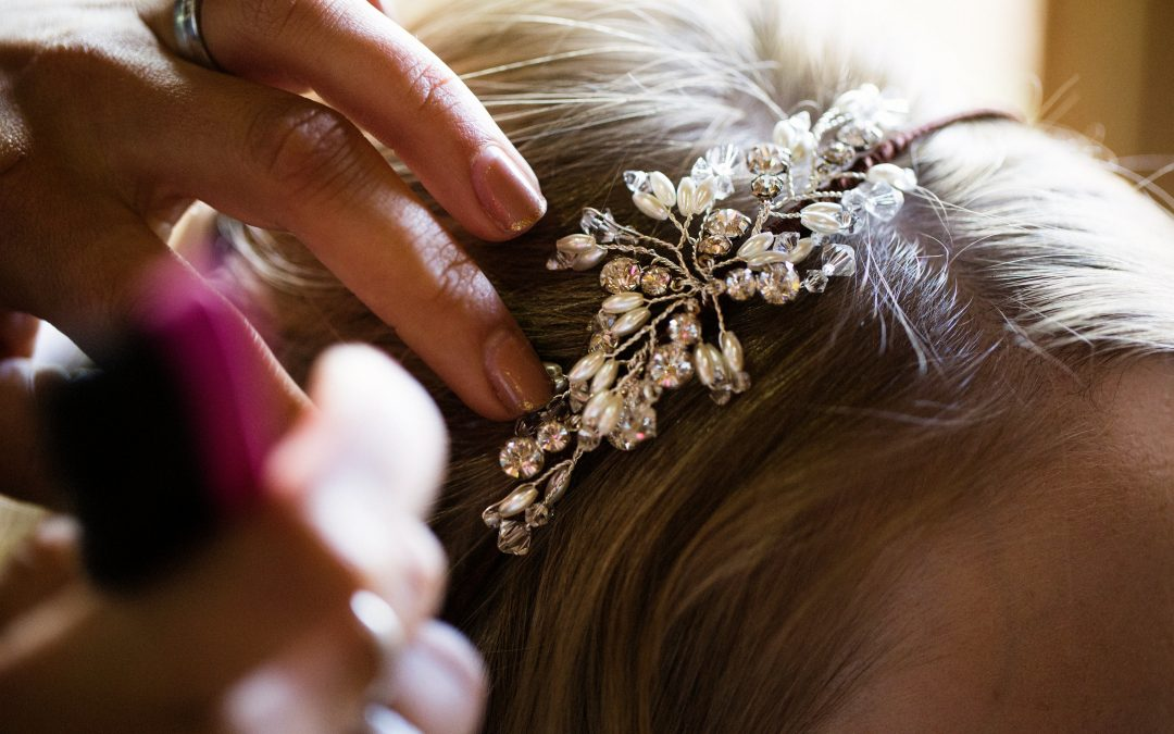 3 Bridal Hair Accessories and How to Wear Them
