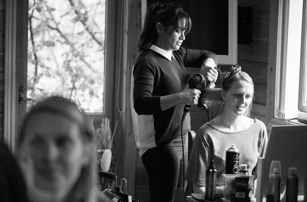 How to Choose Your Wedding Hairstylist and Makeup Artist